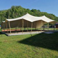 3/ Location tente stretch professionnel avec plancher bois montage compris